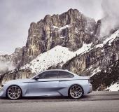 BMW 2002 Hommage - 01