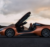 BMW i8 Roadster & Coupé - 30