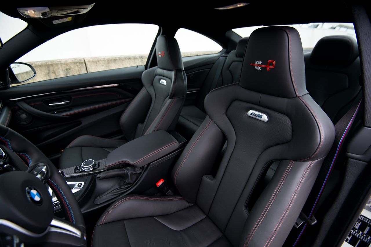 bmw m4 edition tour auto pour ceux qui n ont pas eu la m4 gts tonton greg. Black Bedroom Furniture Sets. Home Design Ideas