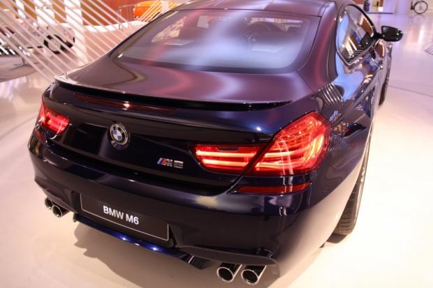 BMW Brand Store George V - BMW M6