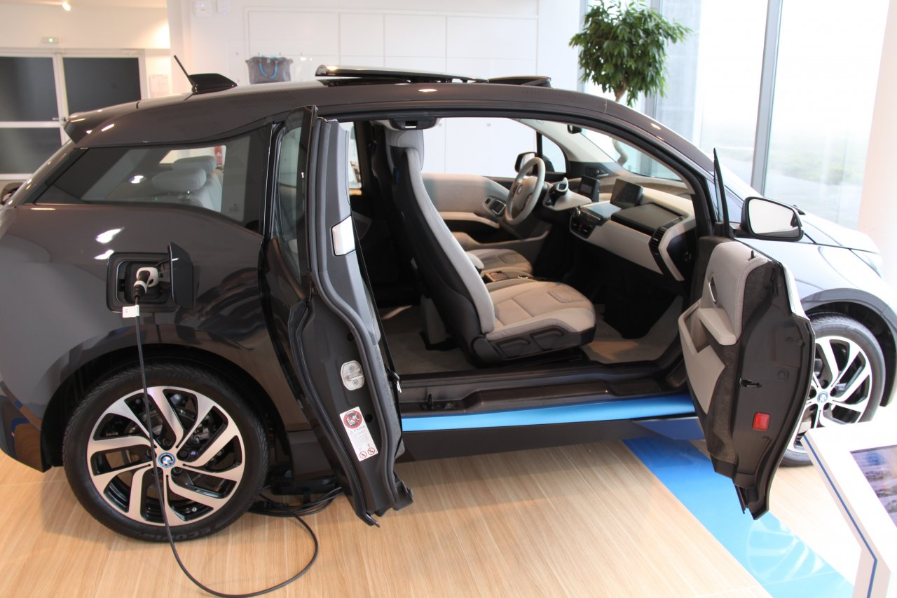 essai bmw i3 le d but d un nouvel air tonton greg. Black Bedroom Furniture Sets. Home Design Ideas