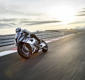 BMW HP4 Race - 2017 - 12