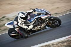 BMW HP4 Race - 2017 - 01