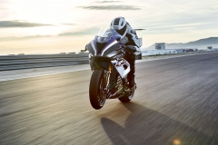 BMW HP4 Race - 2017 - 13