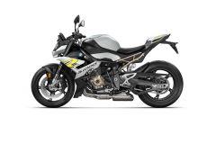 BMW-S1000R-2021-03