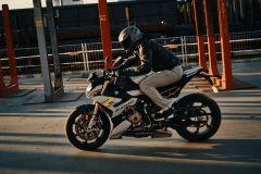 BMW-S1000R-2021-21