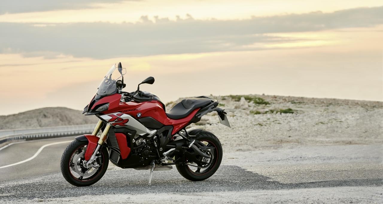 BMW-S1000XR-2020-26
