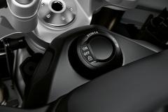 BMW-S1000XR-2020-46