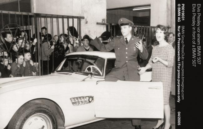 Elvis BMW 507 - Comeback 01
